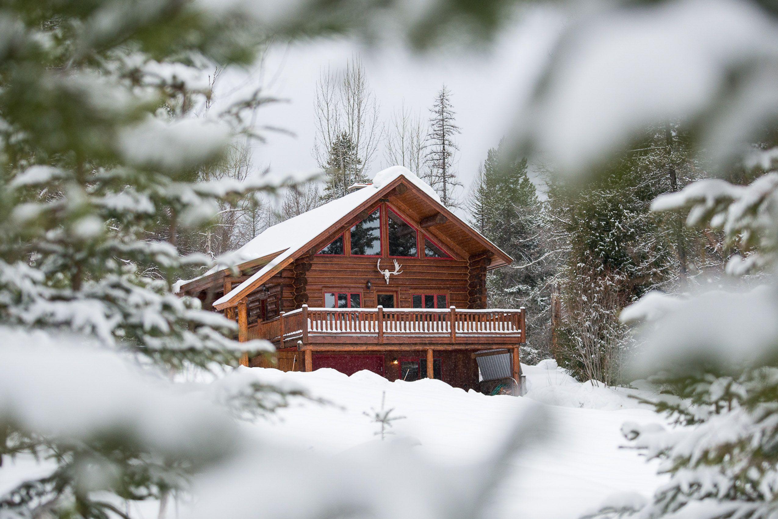 chalet_winter.jpg