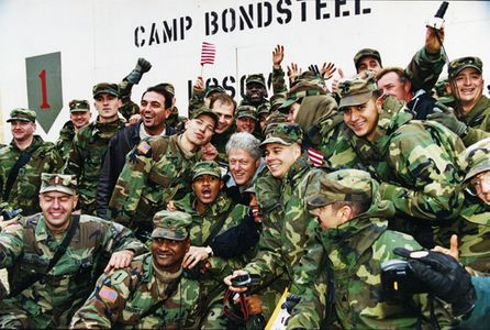 1Clinton_Camp_Bonsteel_Bosnia1999