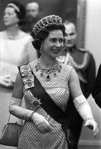 1Queen_Elizabeth_Ottawa_Canada1966_7_