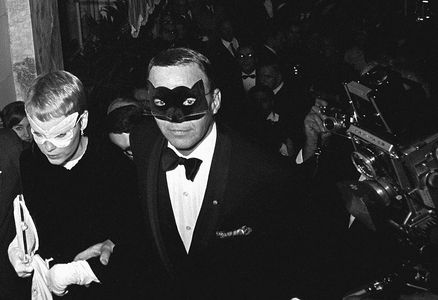 Frank Sinatra and Mia Farrow, Capote's Black and White  Ball, New York, 1966
