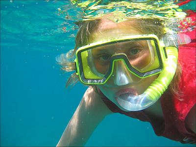 oscar-with-snorkle.jpg