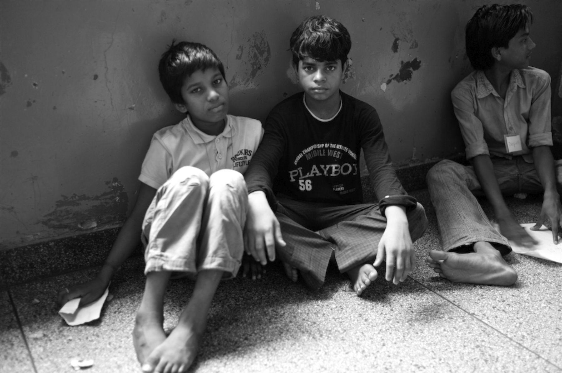 1homeless_boys_salaam_baalak_trust.jpg