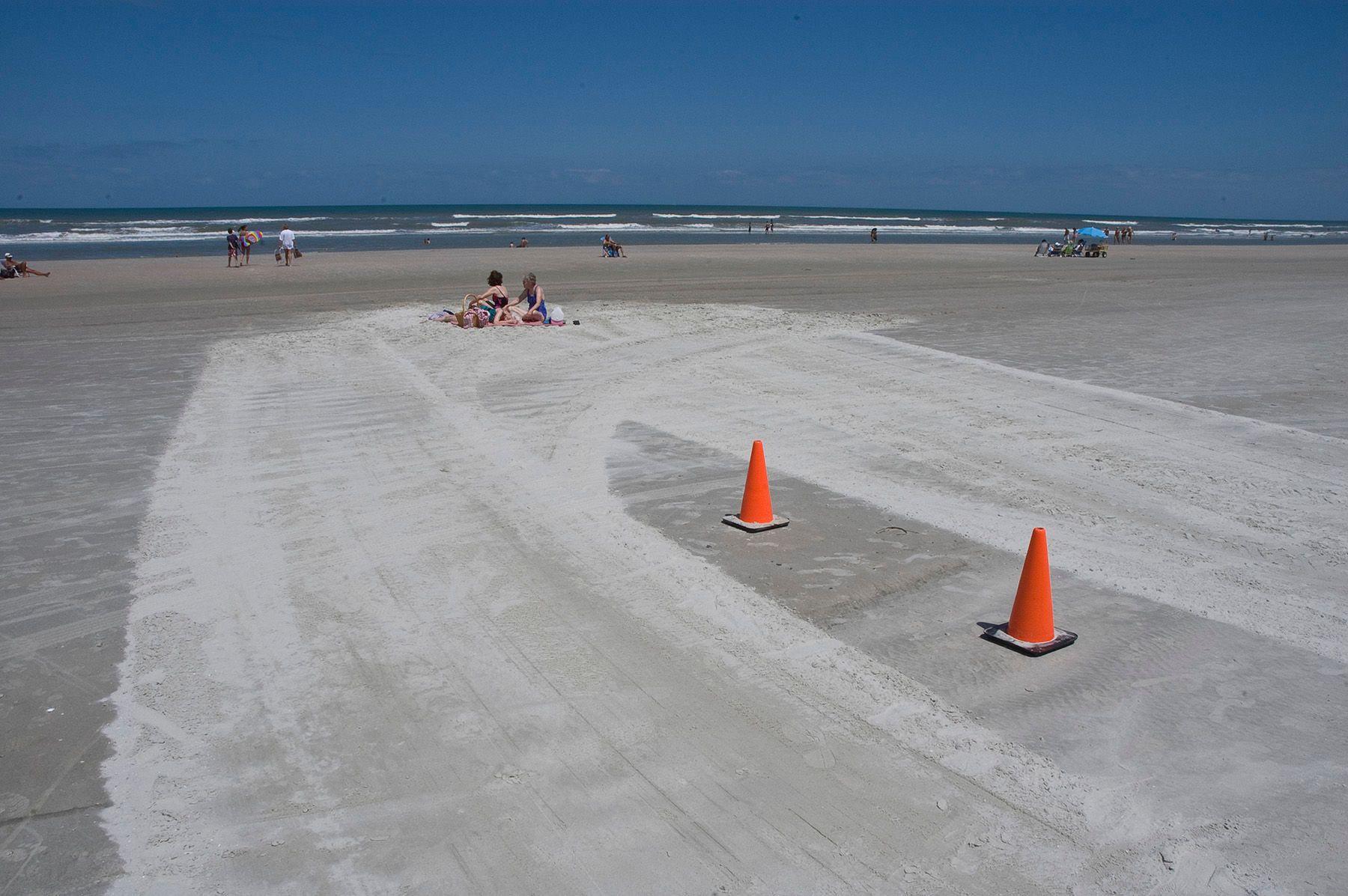 1florida_cones_beach.jpg