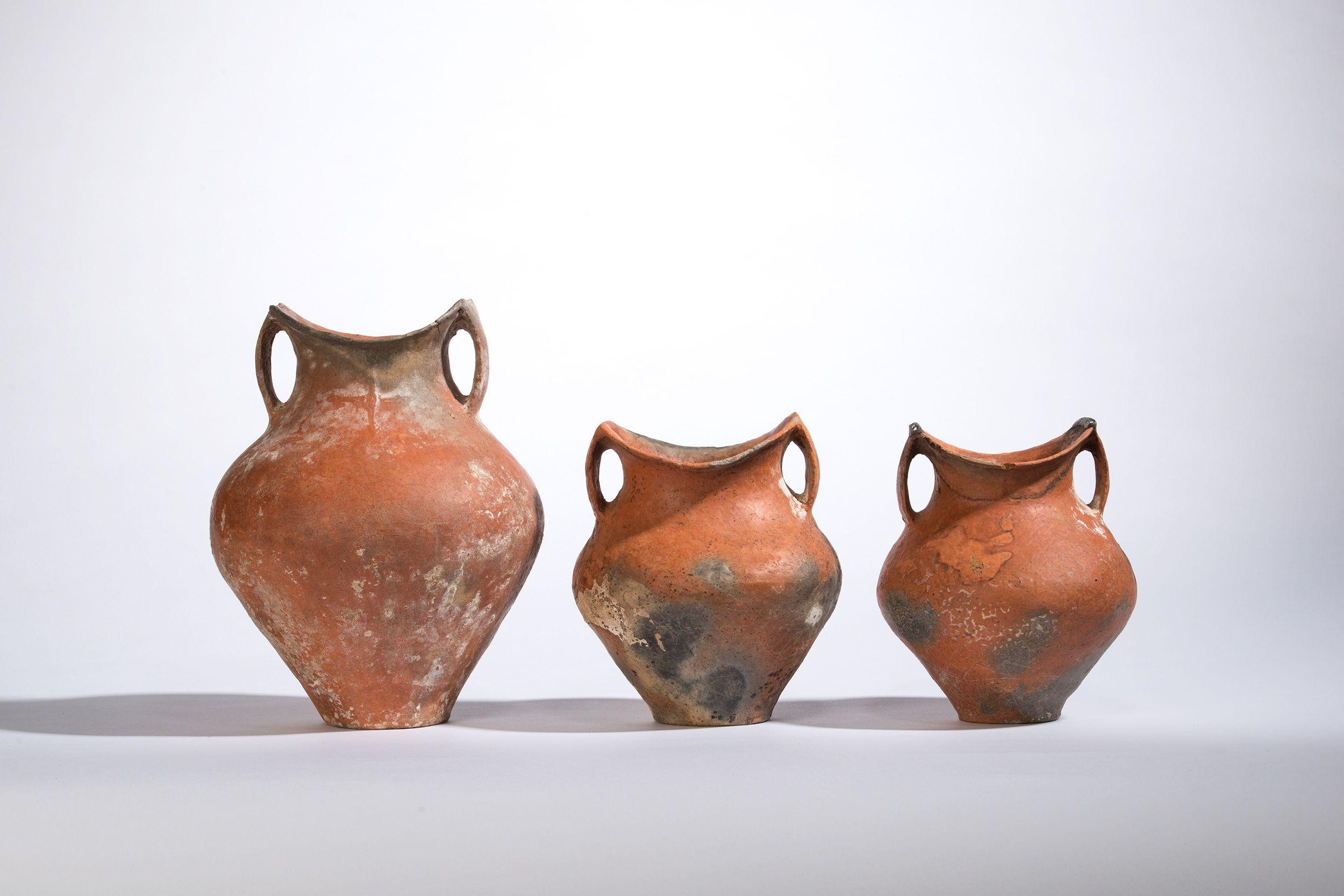 Series of pots