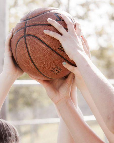 1r140323_basketball_4279.jpg