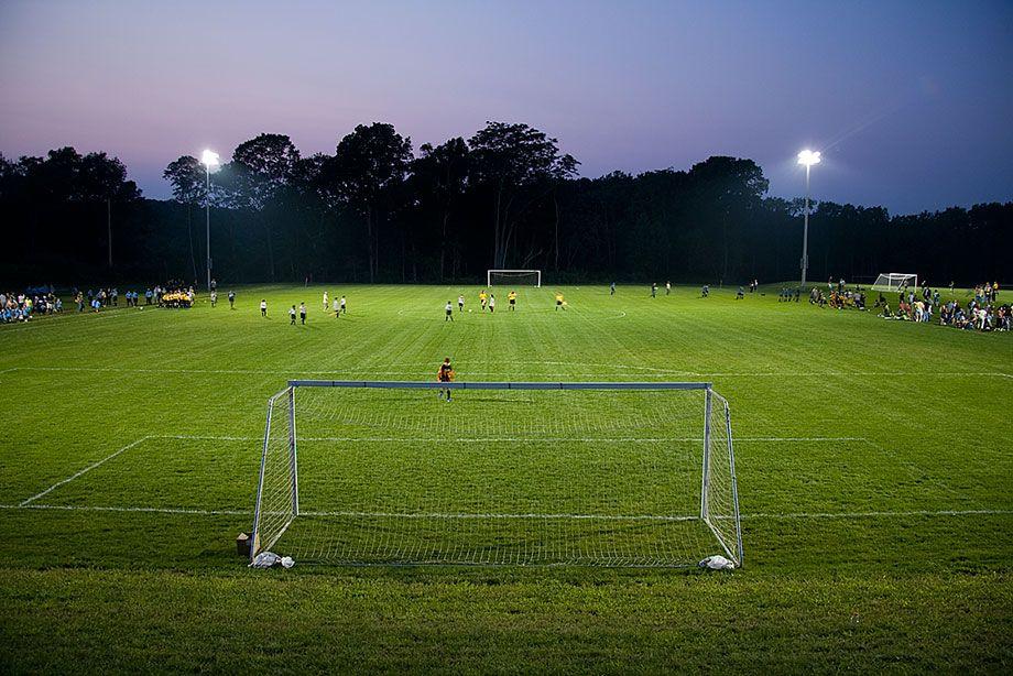 1060908_soccer_5360_web.jpg