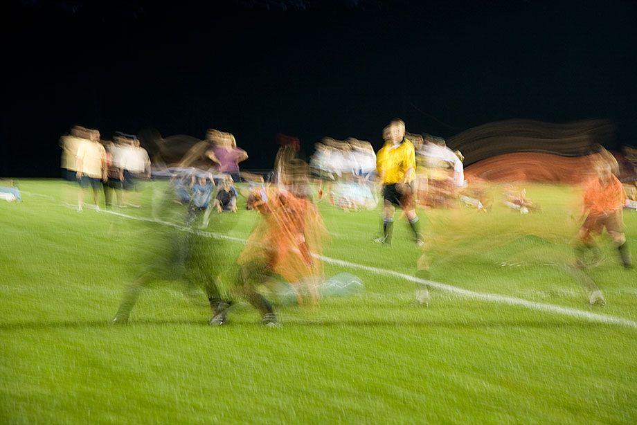 1060908_soccer_5366_web.jpg