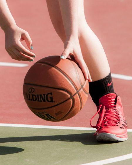 1r140323_basketball_4314.jpg