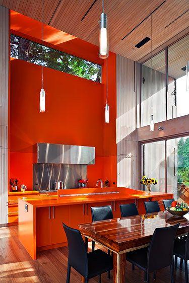 1saratoga_kitchen.jpg