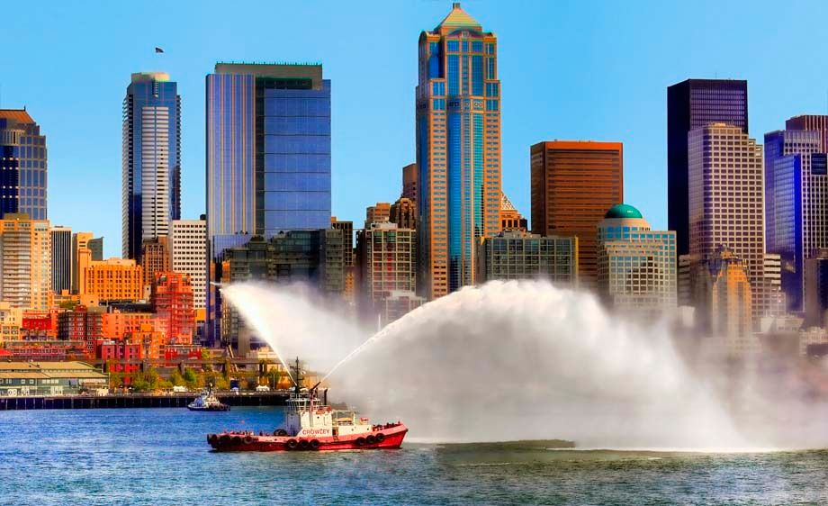 1seattlefireboat_copy.jpg