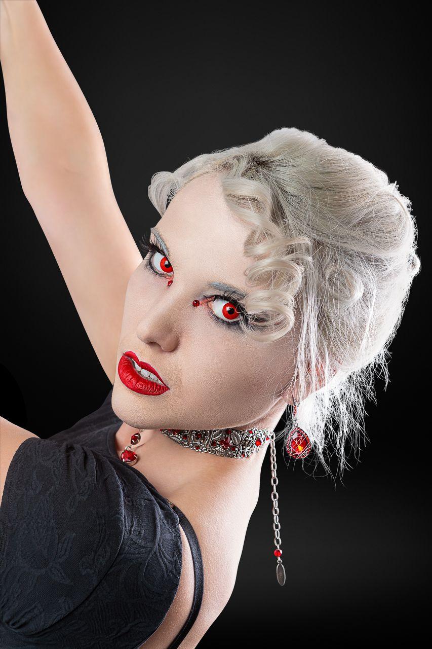 Breana Silks-retouched WEB 4x6 - LB -20190121-8165.jpg