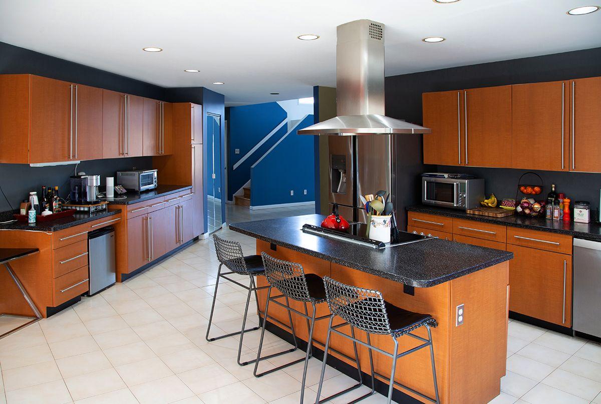 Kitchen red wood.jpg