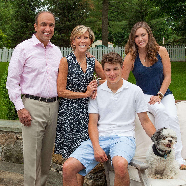KathyG-Family1490-sq.jpg