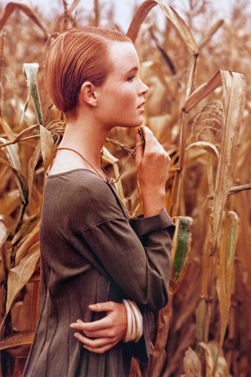 1girl_in_corn_field_16.jpg