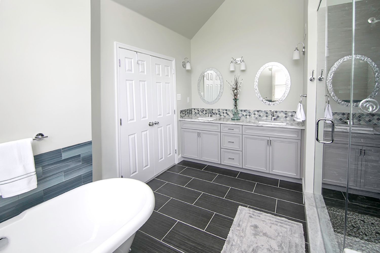 Bathroom-Nolan-3437.jpg