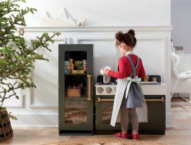 Crate Arianna Kitchen.jpg