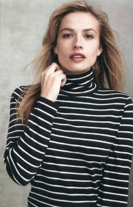 1le_kim_stripe_turtleneck