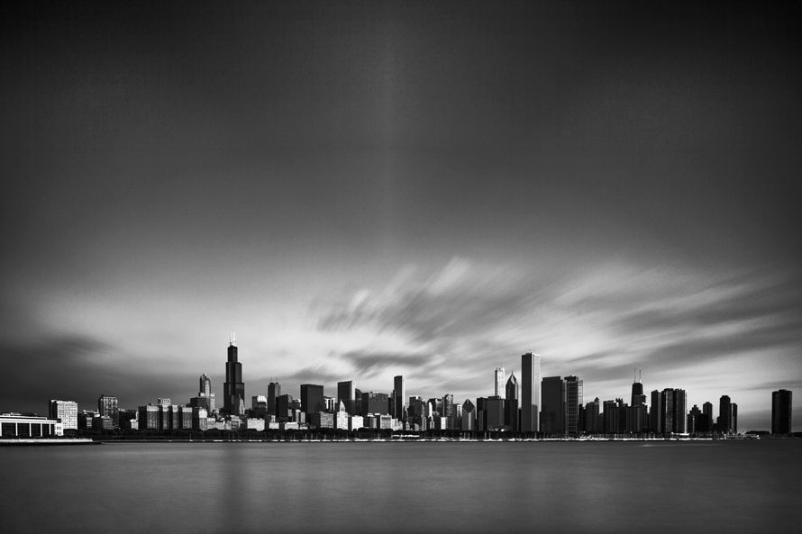 5_0_666_1chicagoskylineweb.jpg