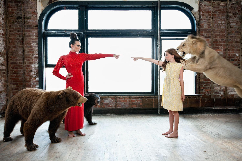 1fairytale_animals_art_photography_lion_bears__storytelling__mystical_14.jpg