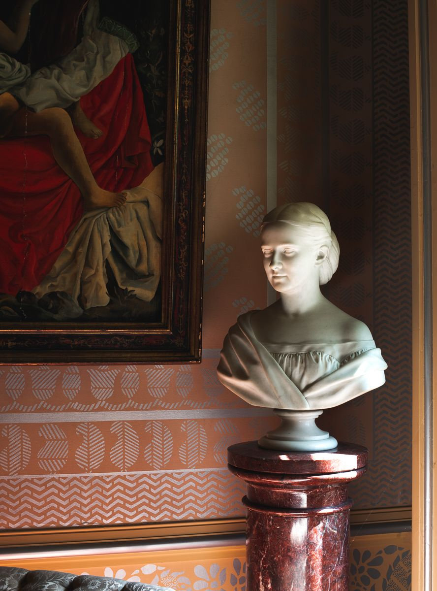 Bust of Lilly