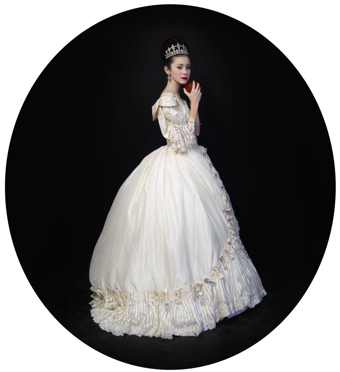 Snow White as Queen