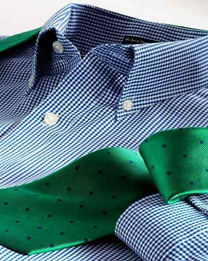 1collar_with_green_tie