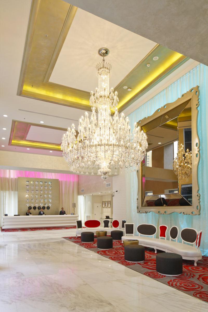 1millennium_plaza_hotel37.jpg