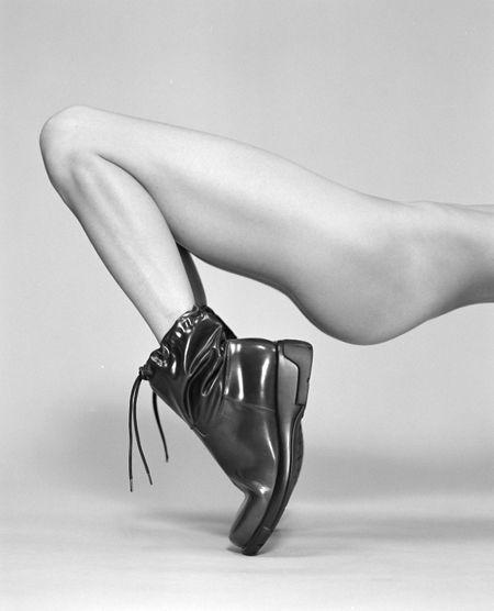 1D_MAG_NUDES_feet