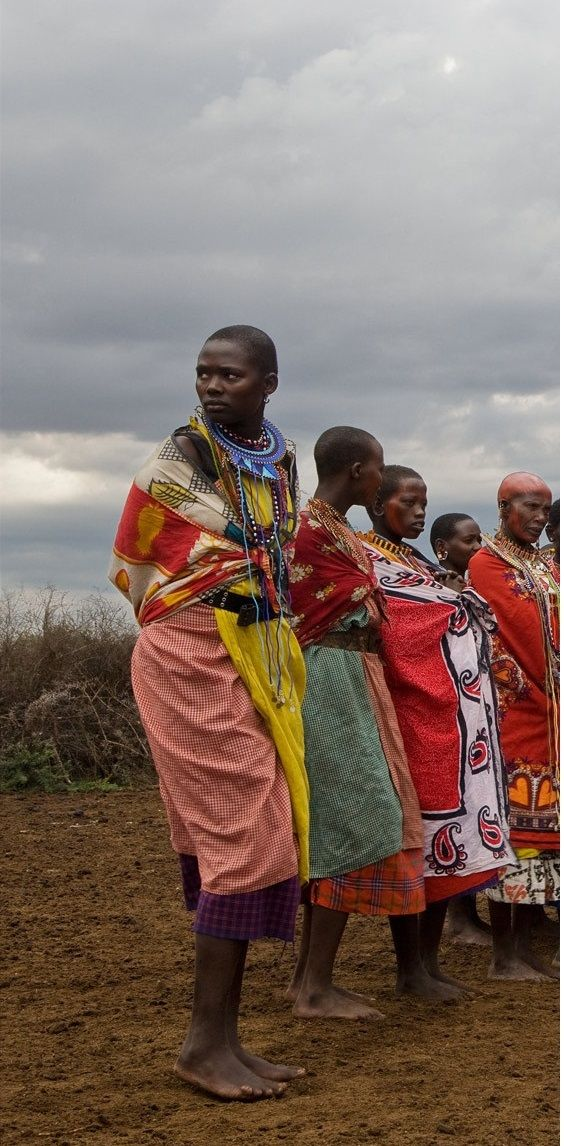 1female_maasai_group_sharp