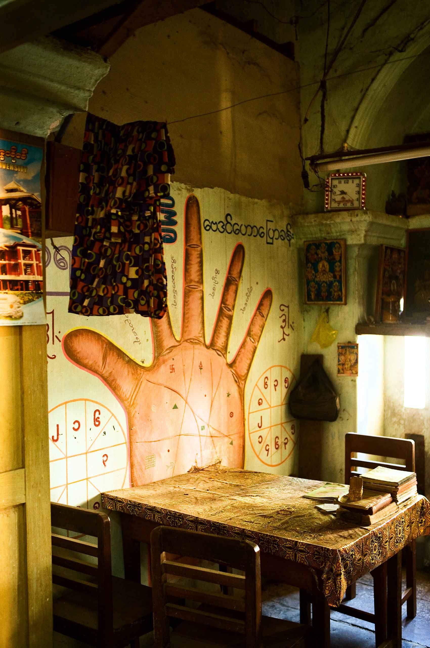 fortuneteller-myanmar-by-henrikolundphotography.jpg