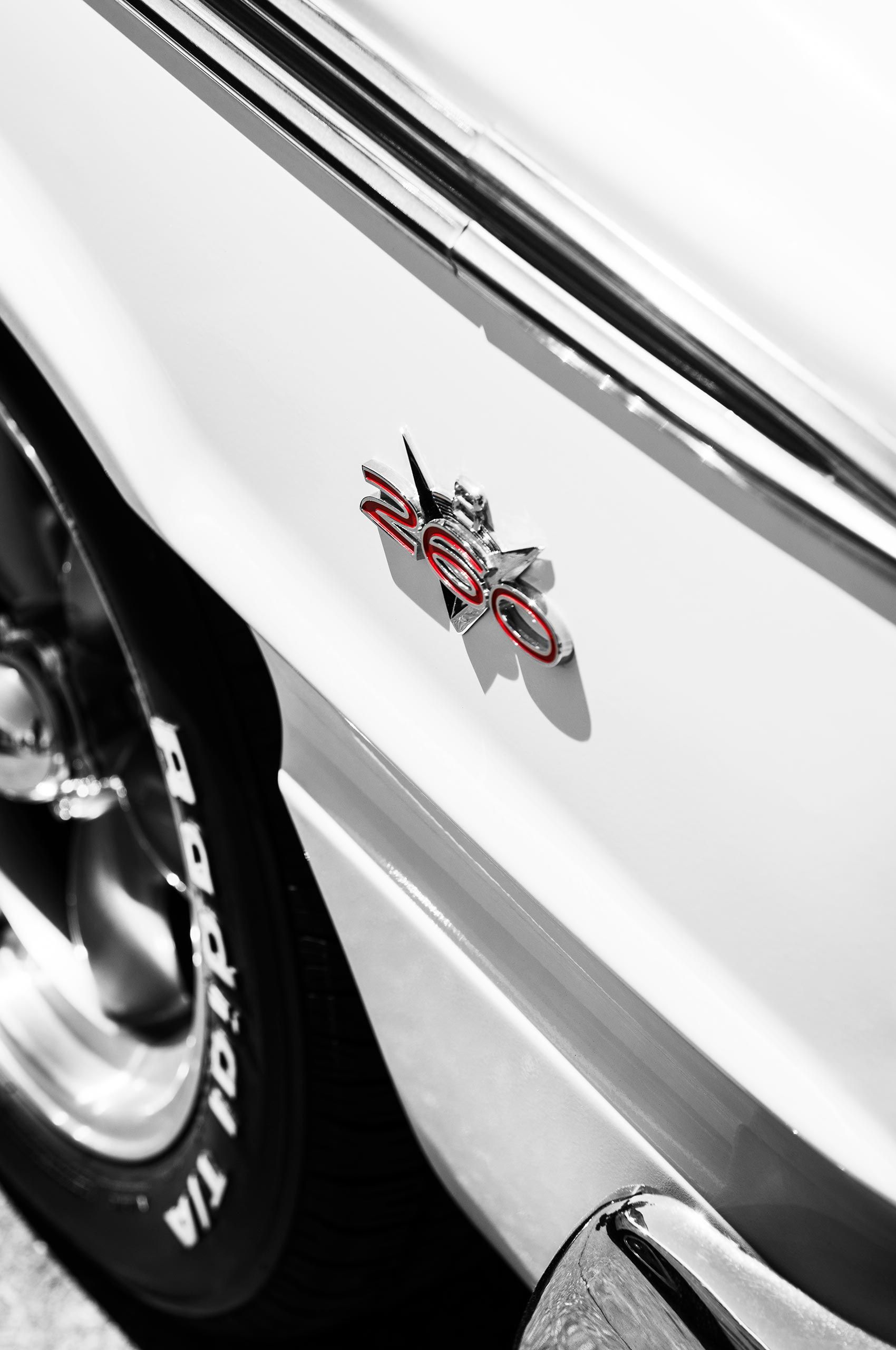 260-car-detail-vivalasvegas-HenrikOlundPhotography.jpg