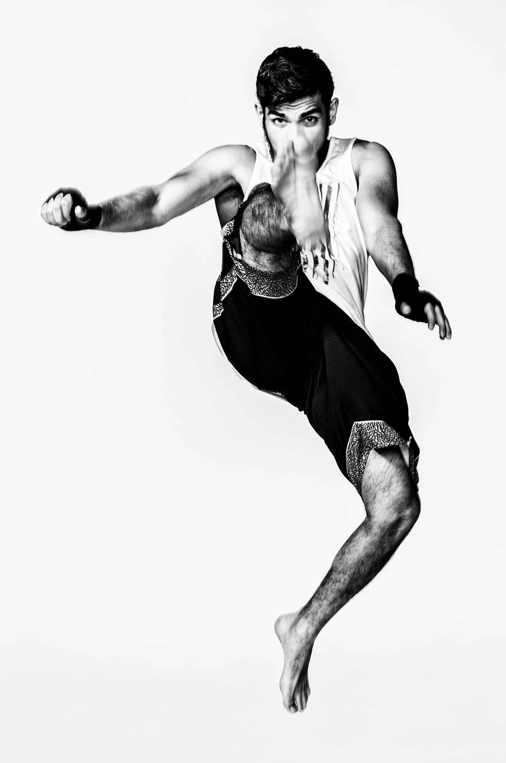 Kickboxer-Frontkick-by-HenrikOlundPhotography.jpg