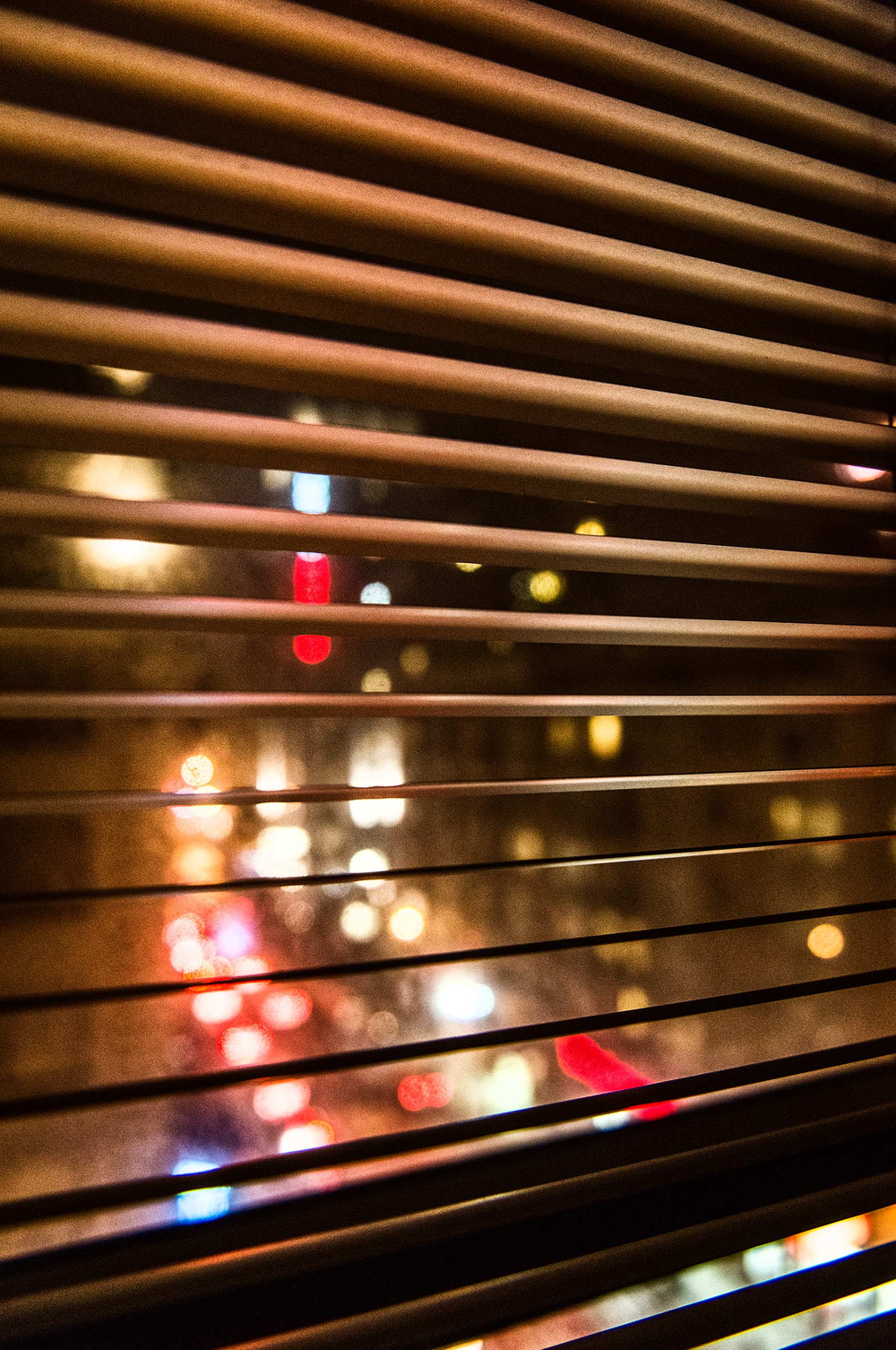 Window-Blinds-Citylights-Tenderloin-SanFransisco-HenrikOlundPhotography.jpg