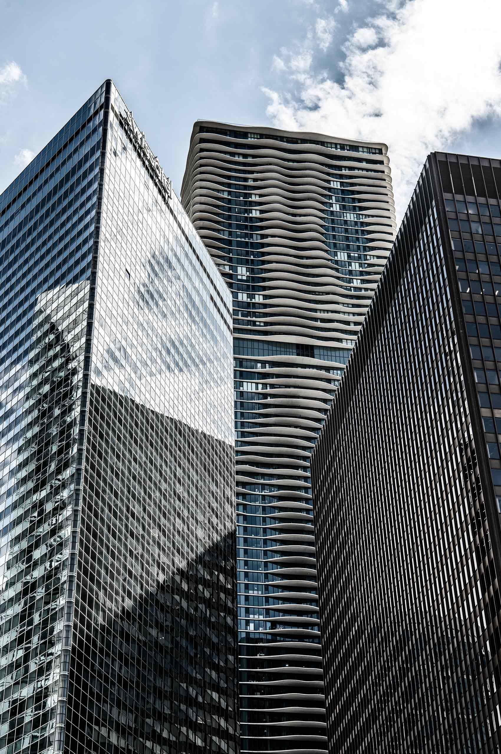 Contemporary-Skyscrapers-Chicago-by-HenrikOlundPhotography.jpg