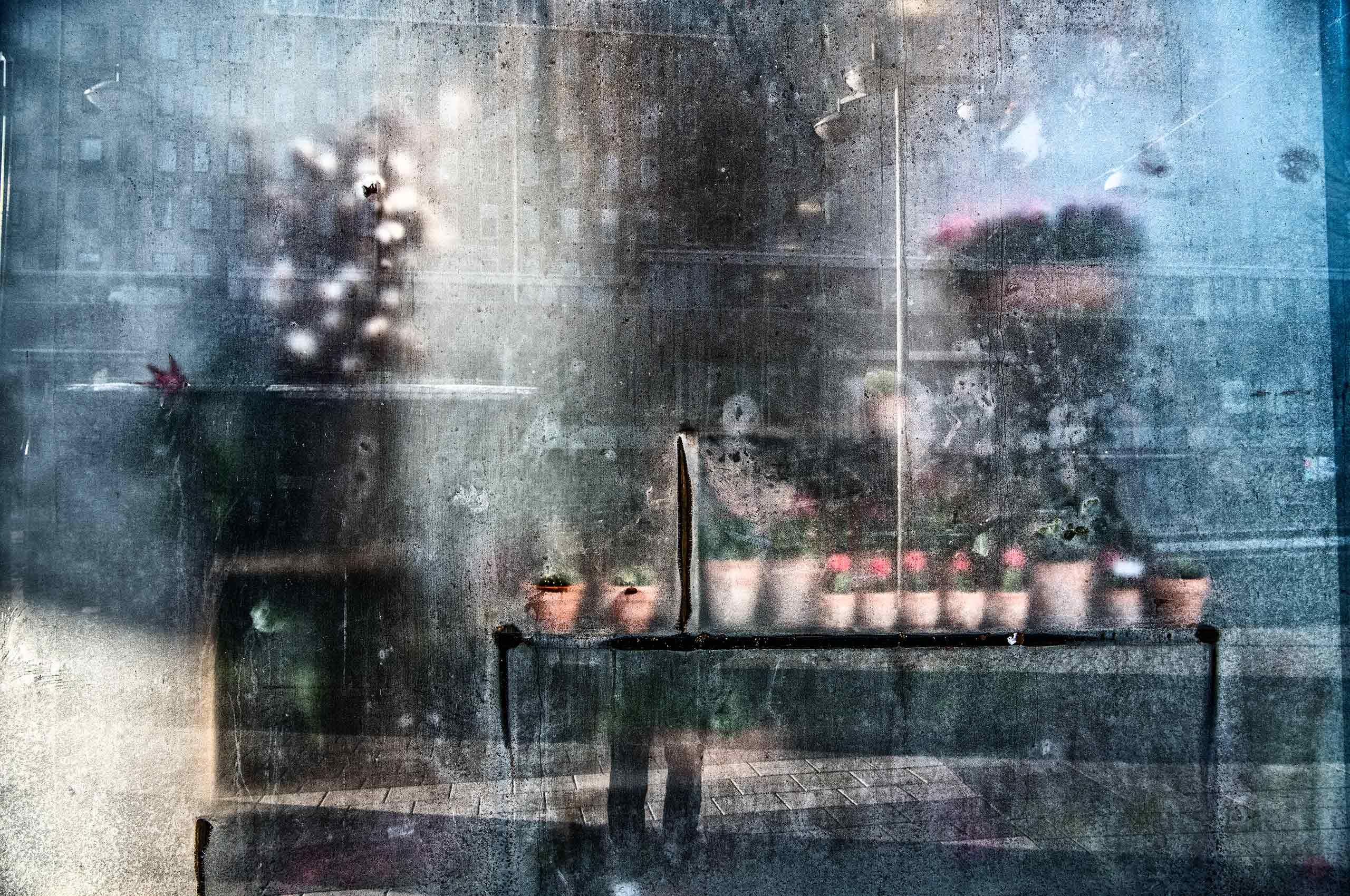 frosted-window-Stockholm-by-HenrikOlundPhotography.jpg