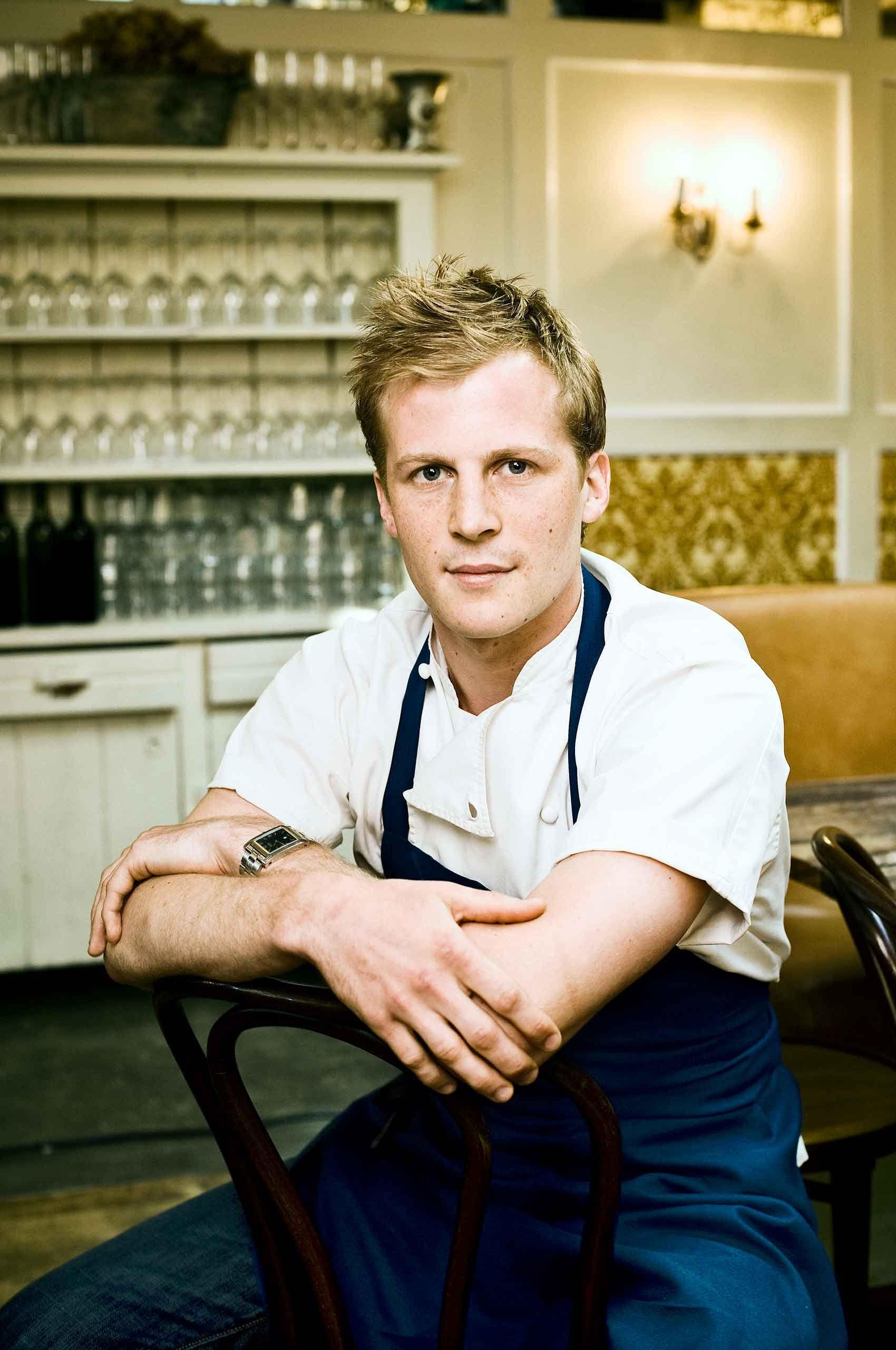 Chef-sitting-in-NewYorkRestraurant-by-HenrikOlundPhotography.jpg