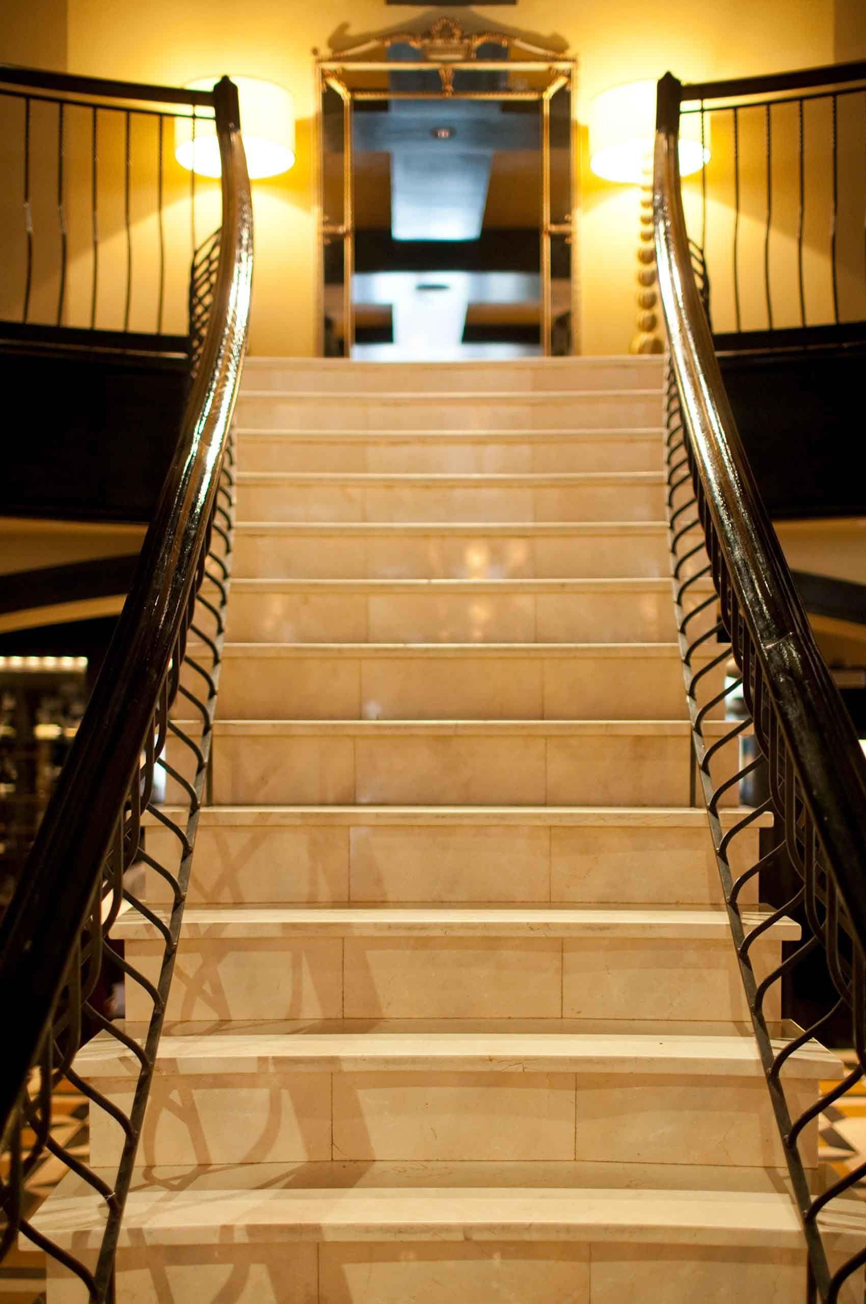 DelPosto-Staircase-InteriorDetail-by-HenrikOlundPhotography.jpg