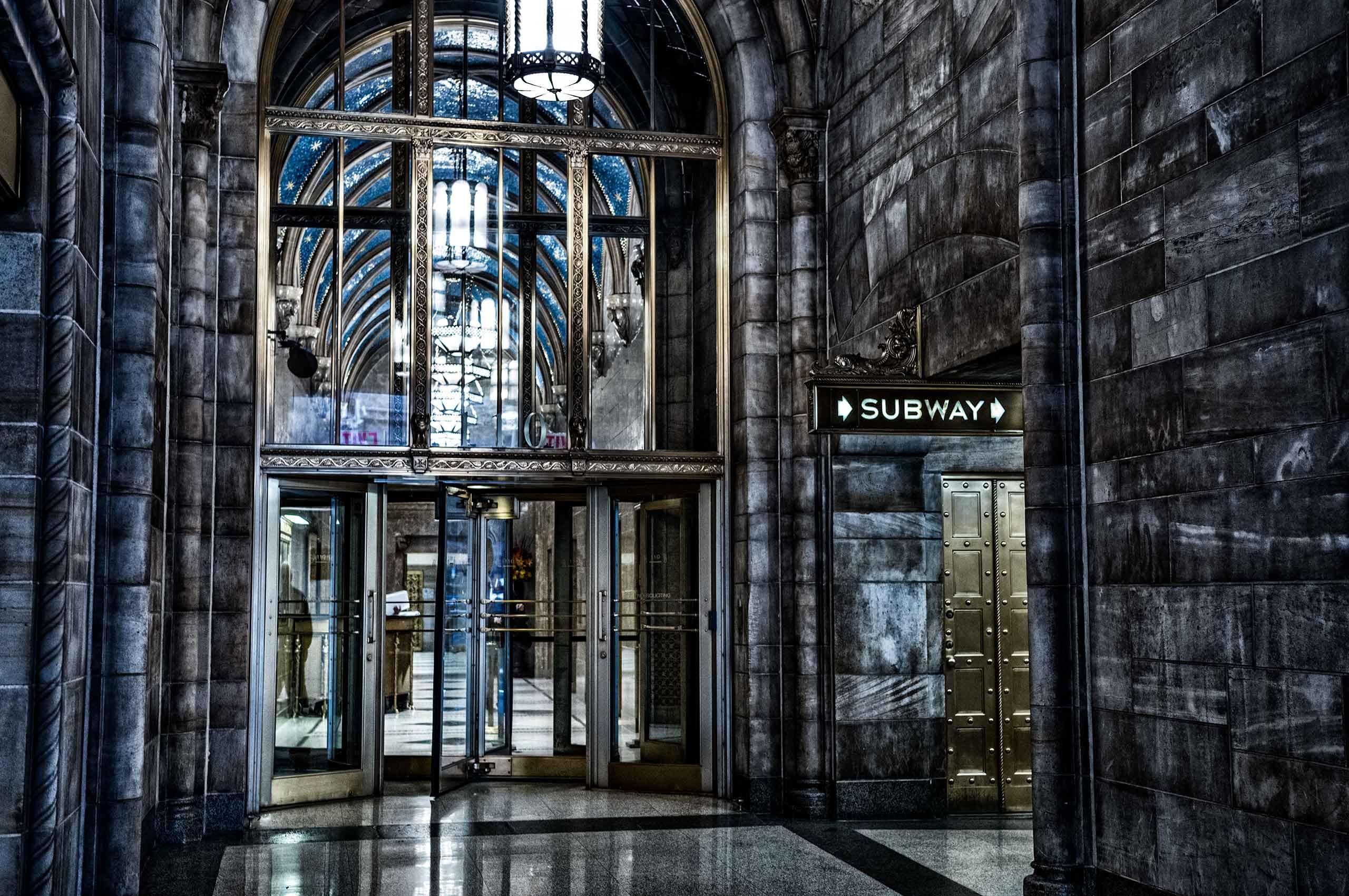 newyorksubwaystation-by-HenrikOlundPhotography.jpg