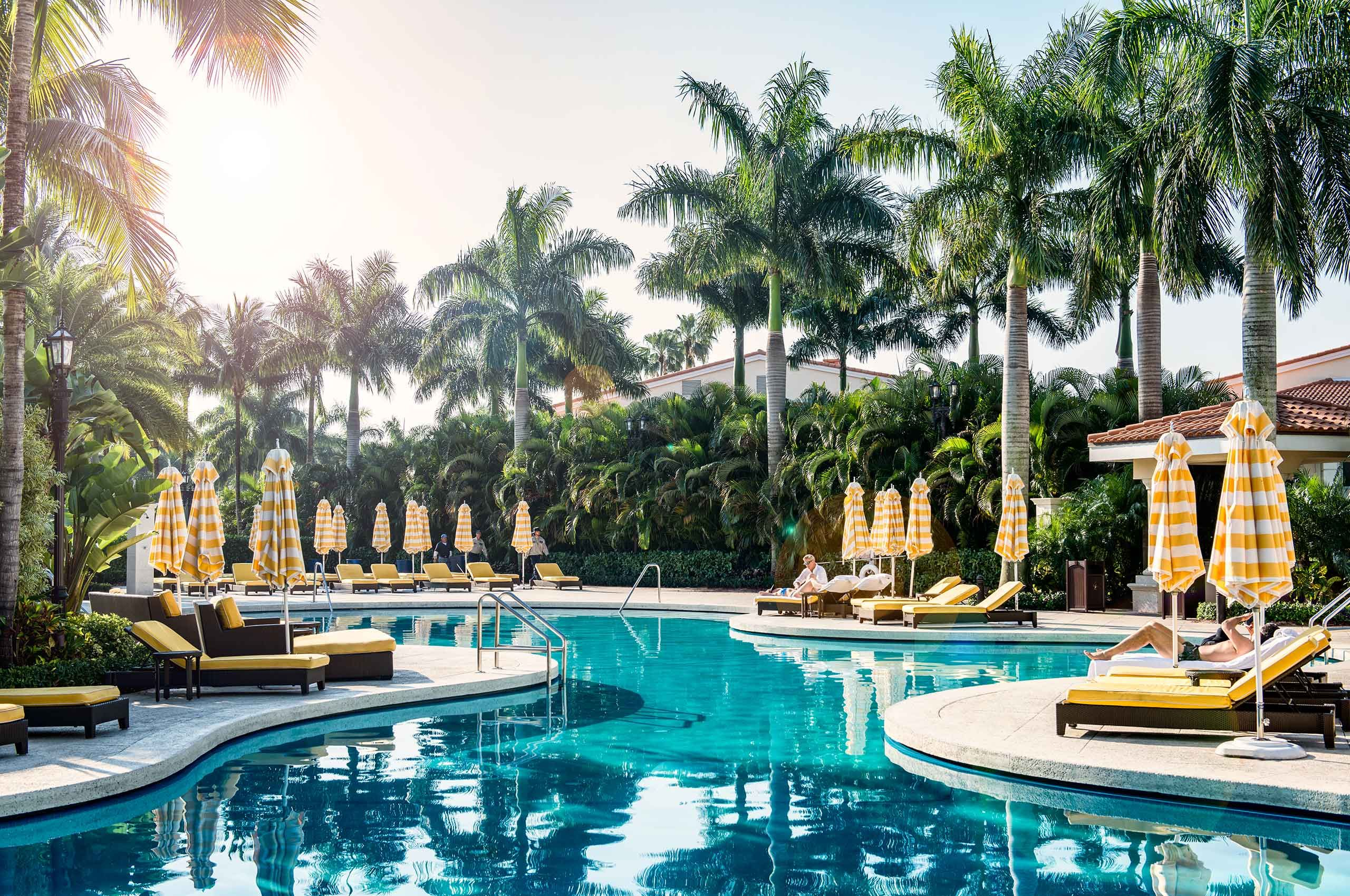 HotelPool-Luxury-NeverSettle-by-HenrikOlundPhotography.jpg