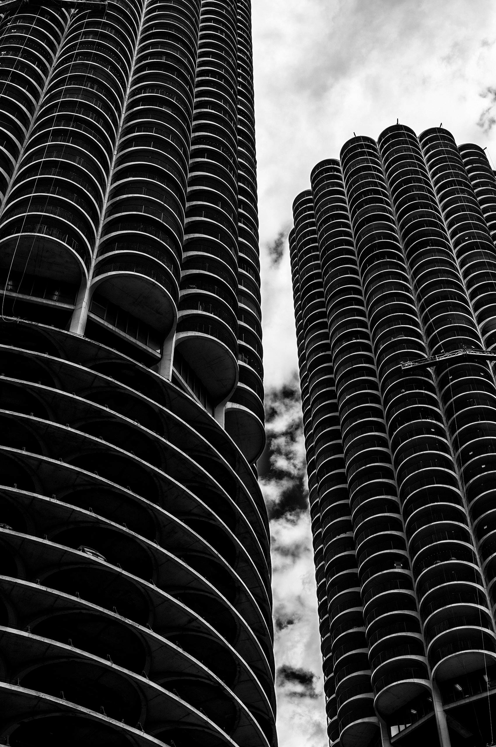Marina-City-Chicago-HenrikOlundPhotography.jpg