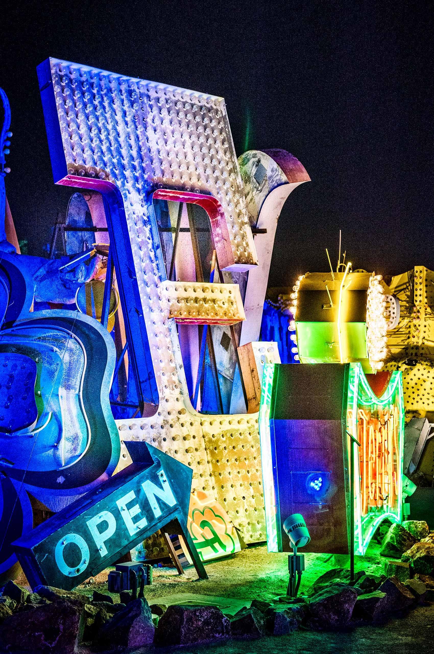 e-sign-neonmuseum-Henrik-Olund-Photography.jpg