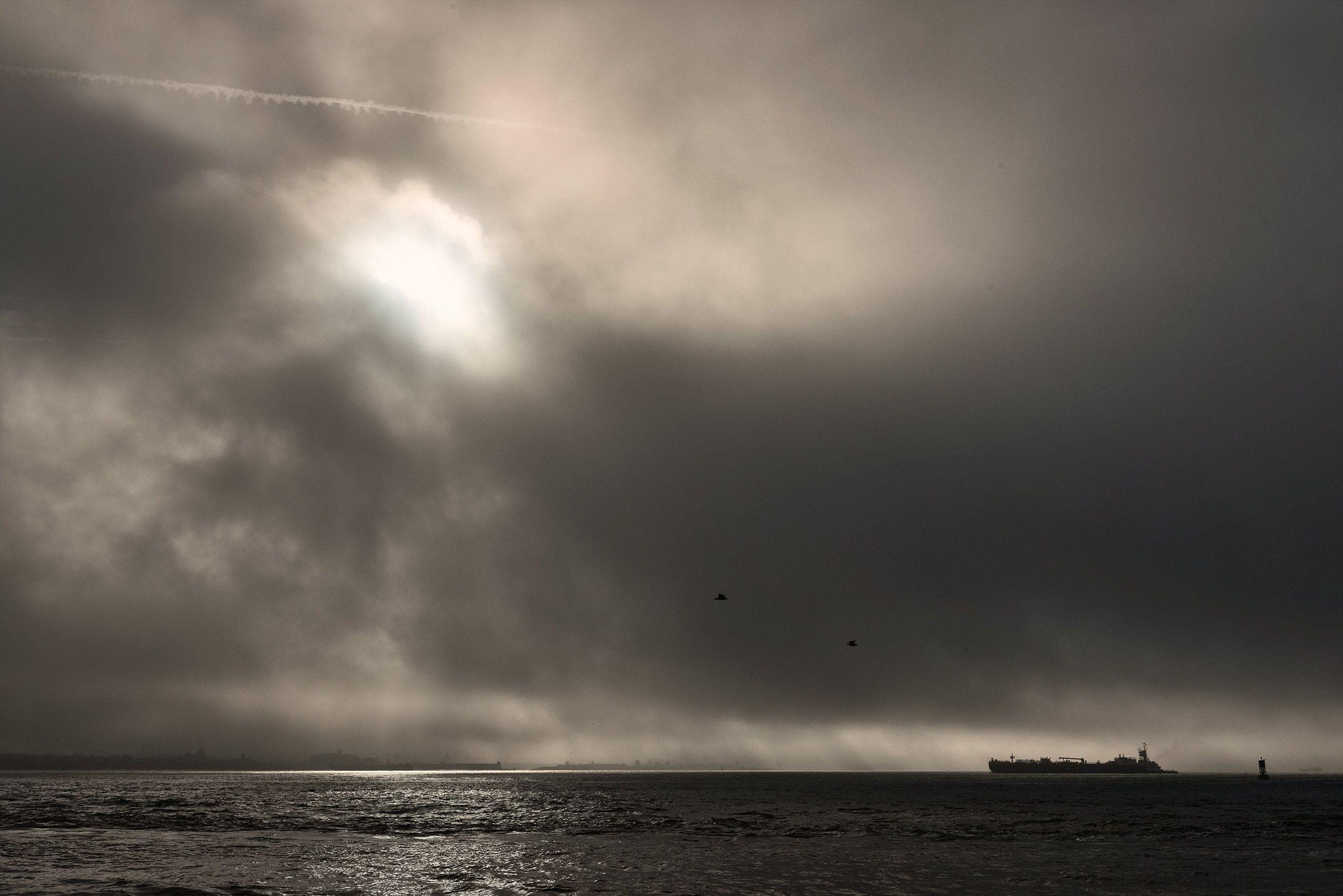 Morning-Sea-transportation-containership-cargo-HenrikOlundPhotographyglobaltrade.jpg