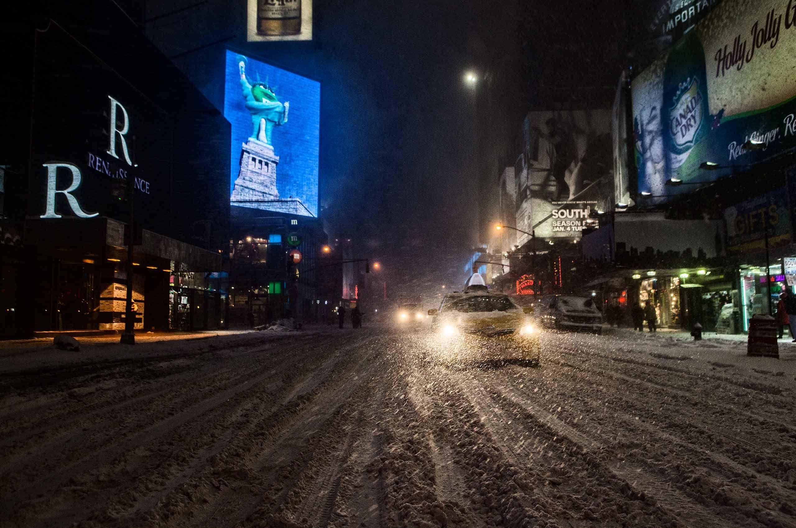 yellowtaxi-snowstorm-by-HenrikOlundPhotography.jpg