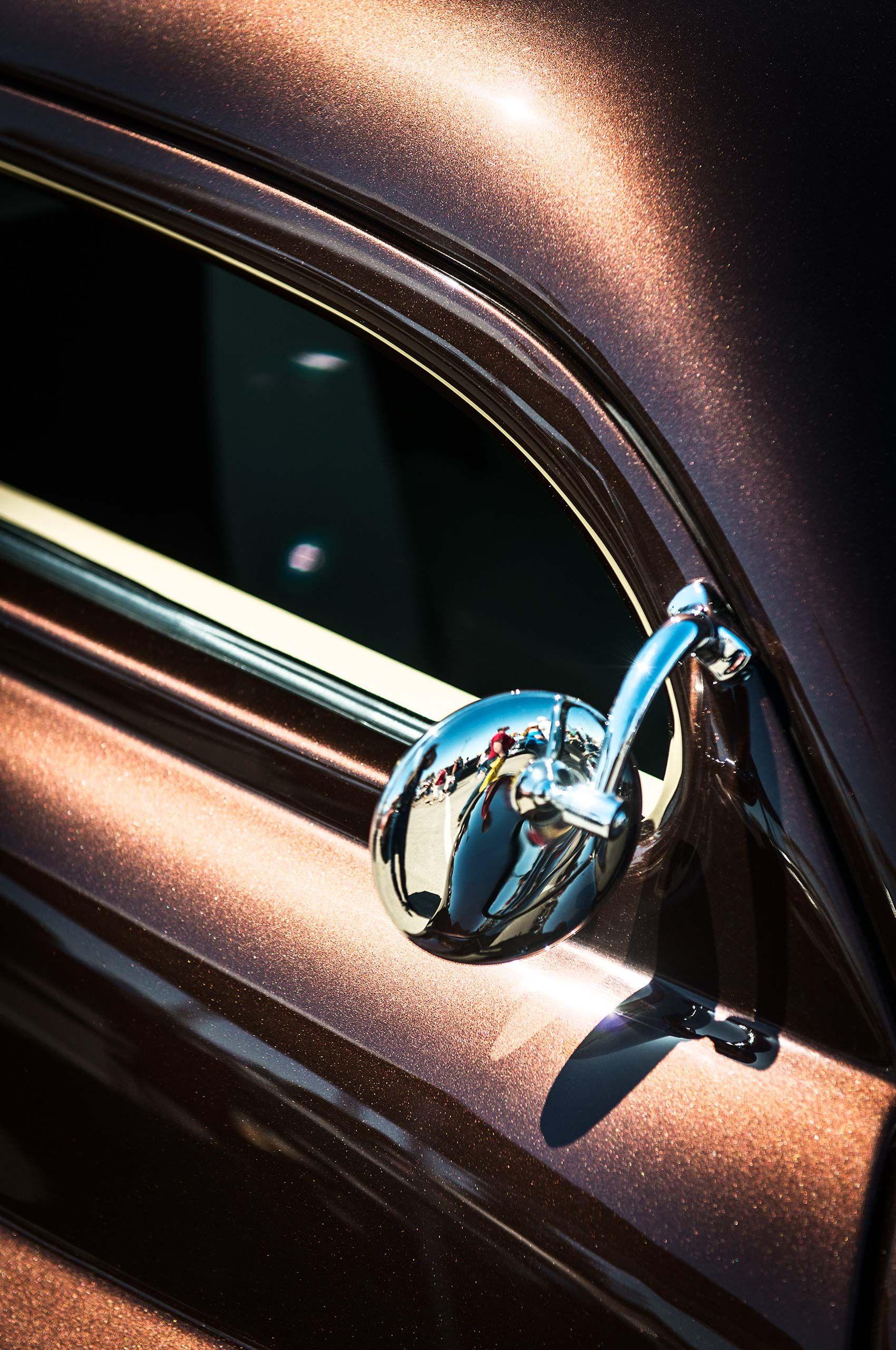 dark-car-detail-vivalasvegas-HenrikOlundPhotography.jpg