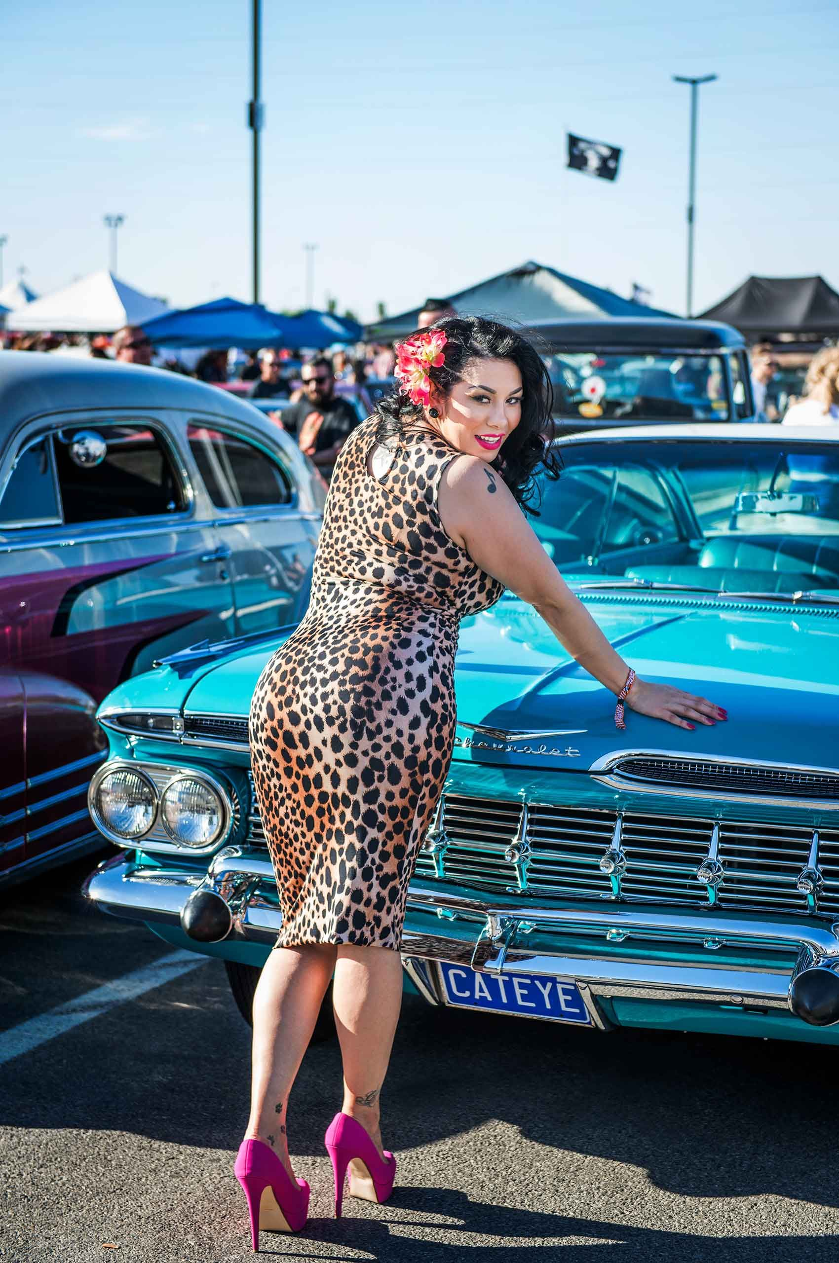 woman-in-leaoparddress-vivalasvegas-rockabillyweekend-lasvegas-by-henrikolundphotography.jpg