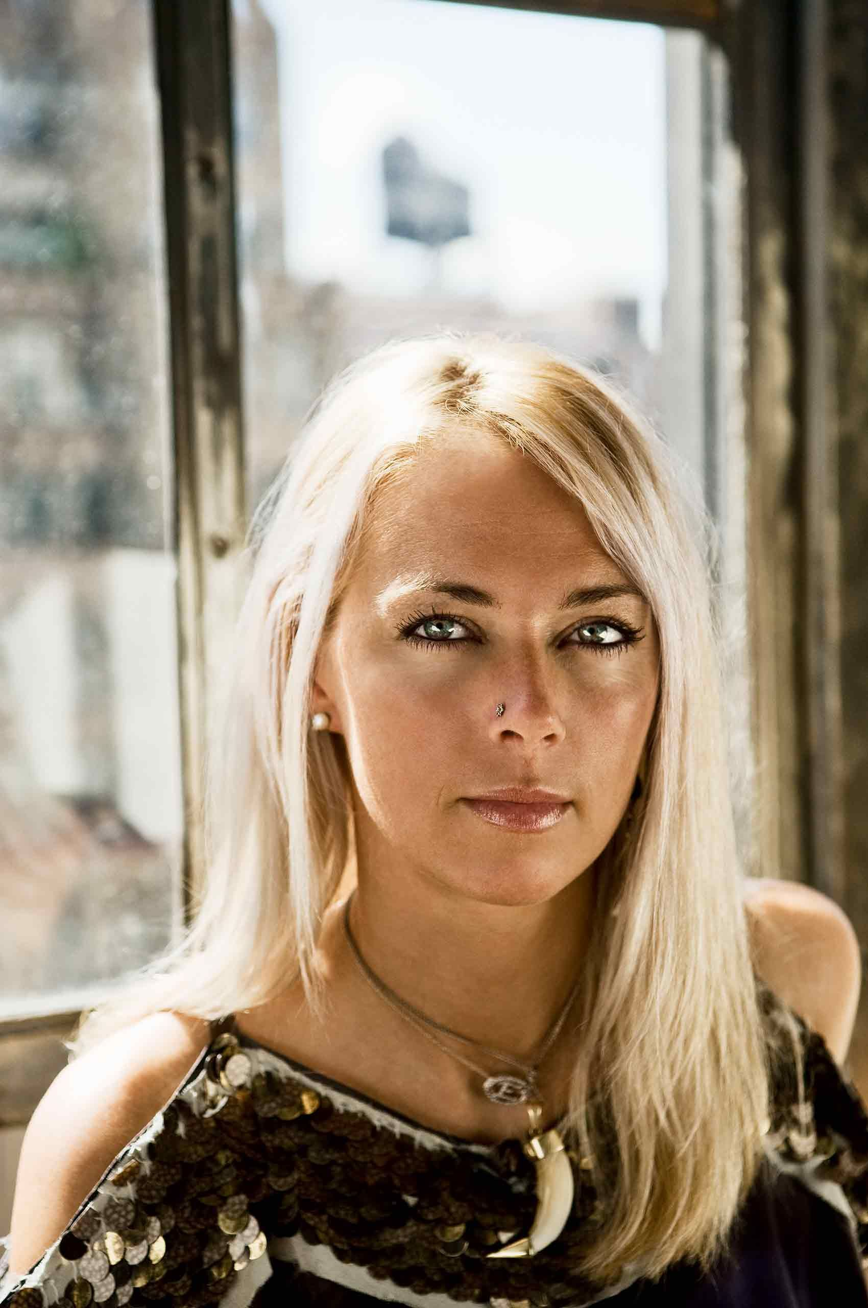 Fashiondesigner-EliseOverland-portrait-closeup-by-HenrikOlundPhotography.jpg