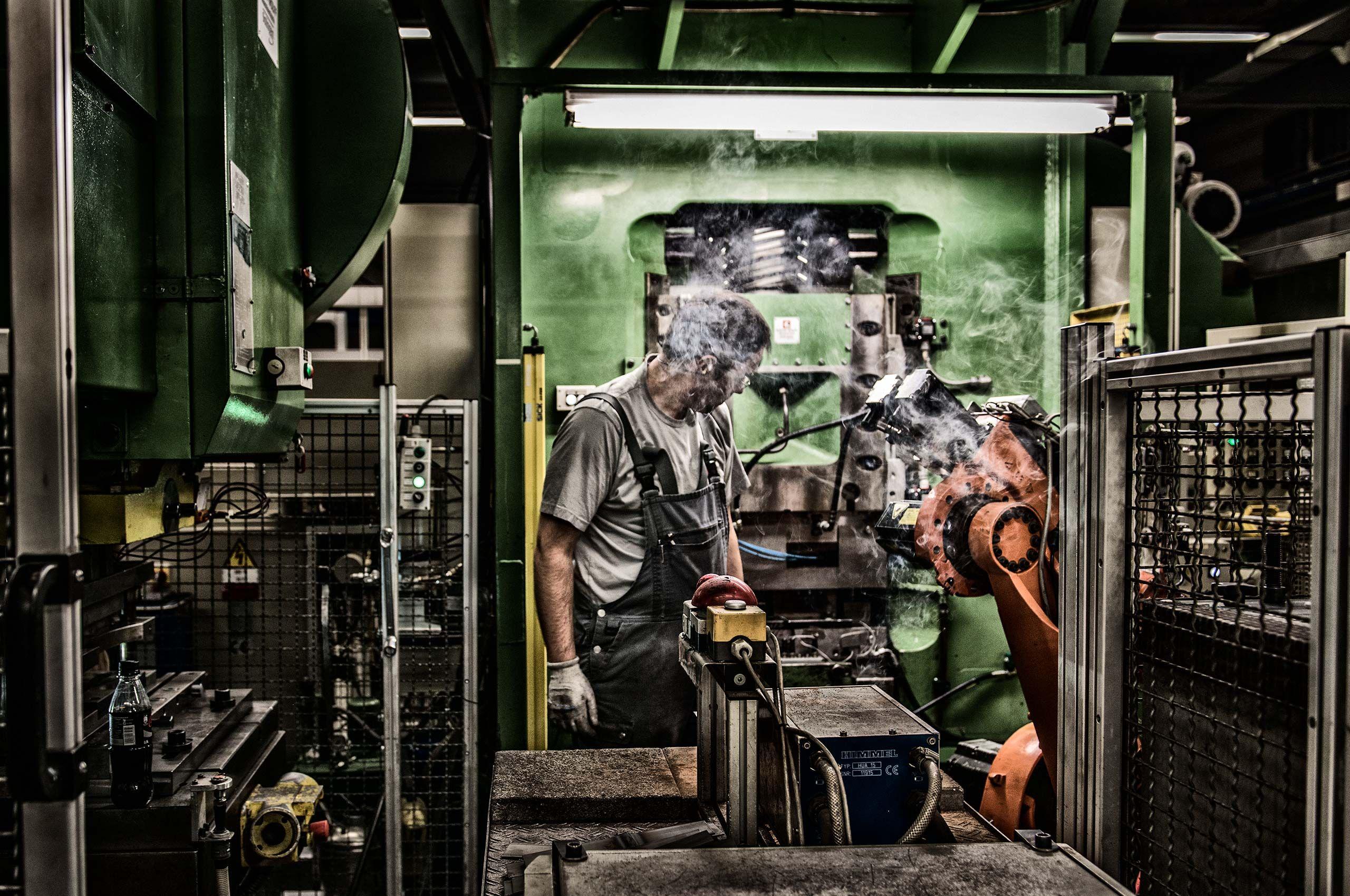 process-wusthof-factory-by-HenrikOlundPhotography.jpg