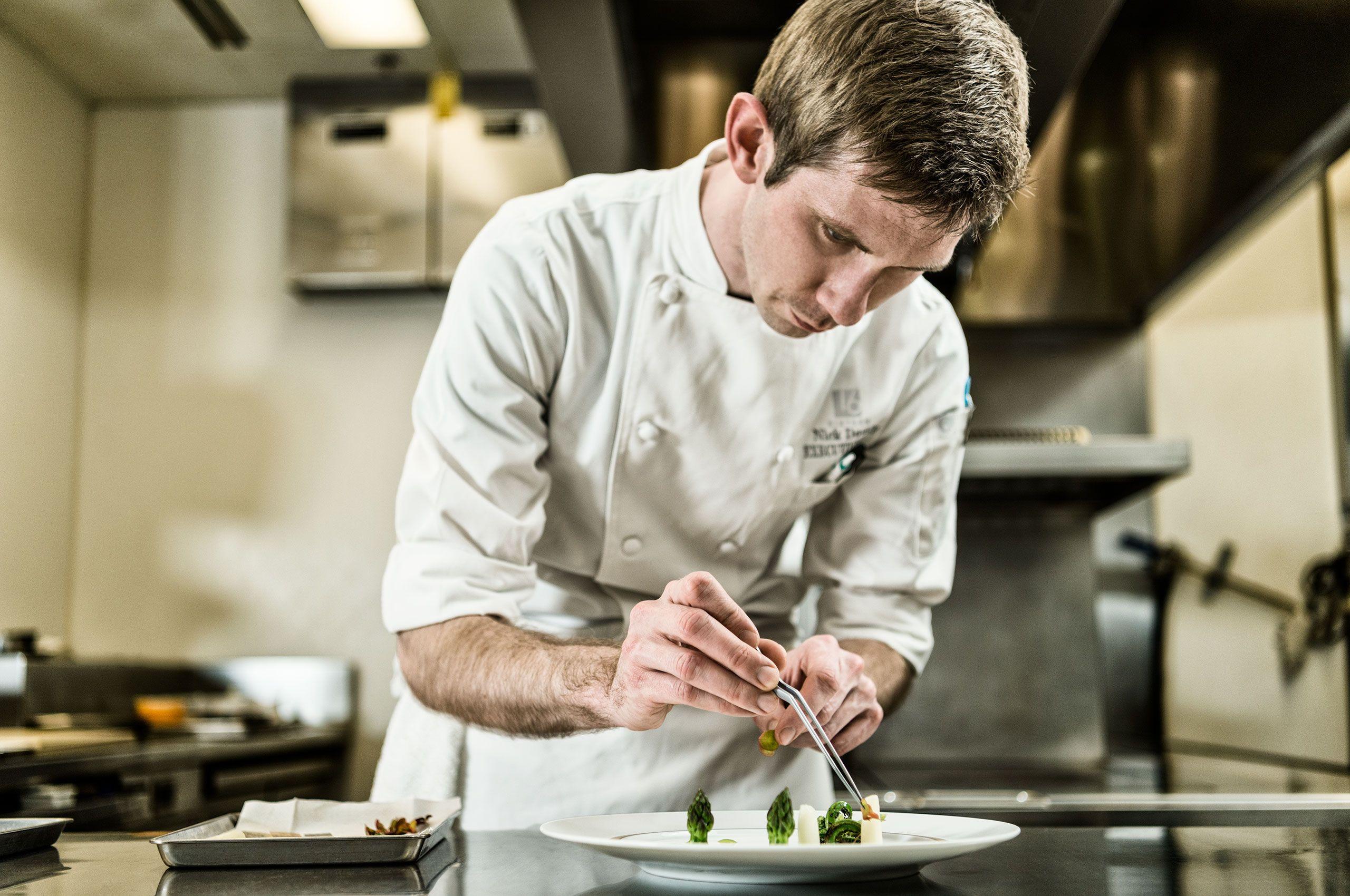 Restaurant-Sixteen-Chef-HenrikOlundPhotography.jpg