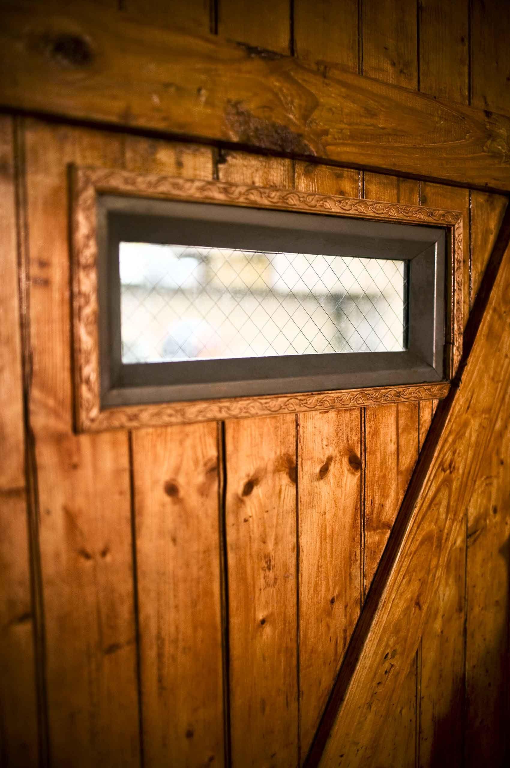Kitchendoor-with-window-by-HenrikOlundPhotography..jpg