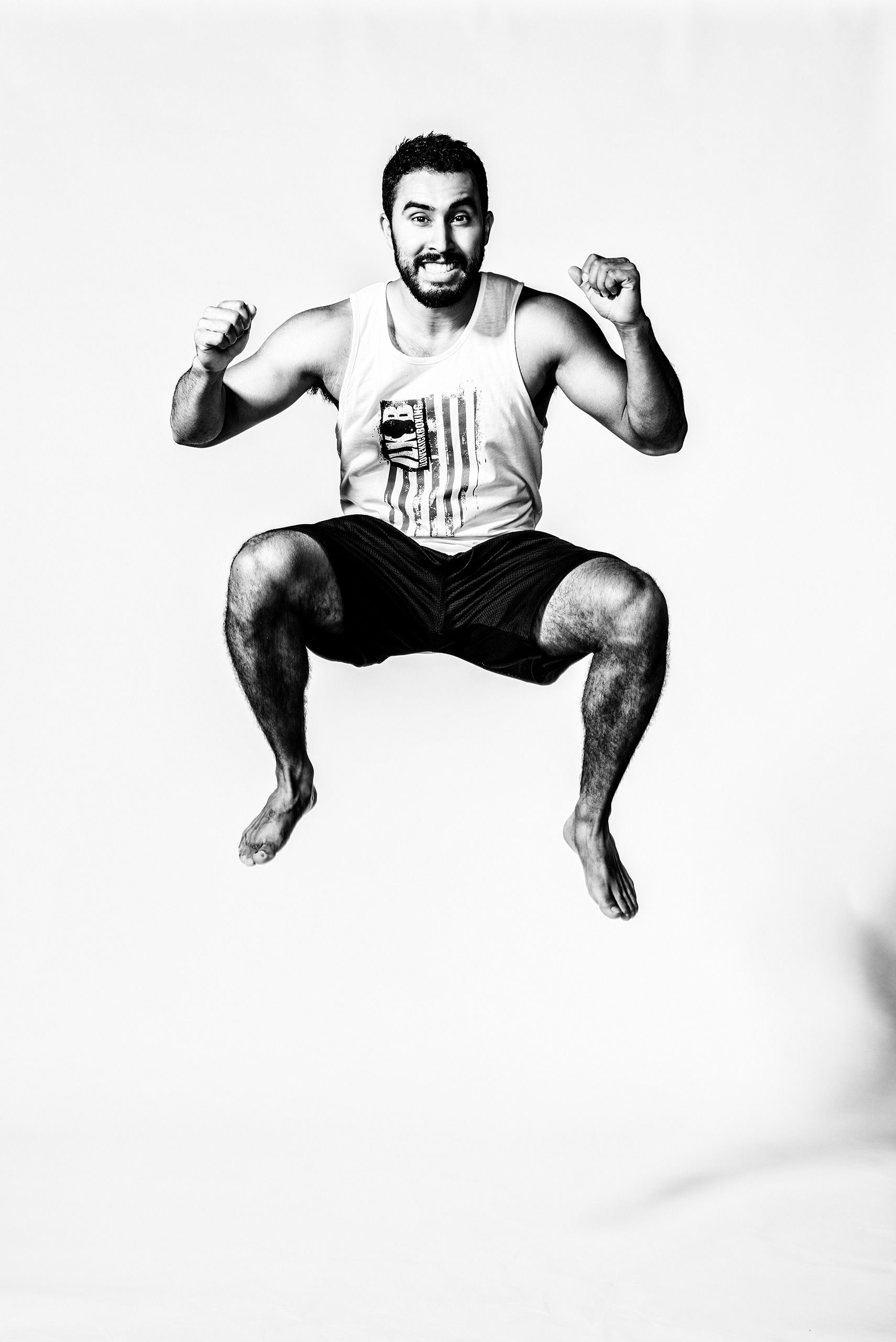 Kickboxer-jumping-HenrikOlundPhotography.jpg